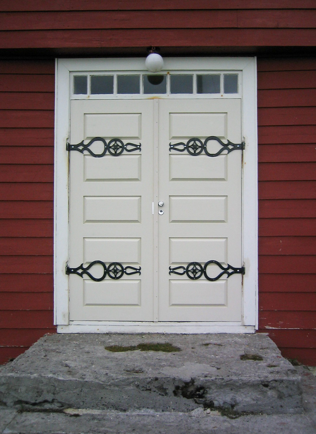 Hamninbergin kirkon ovi - Sutela